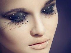 眼妆对眼伤害大如何正确卸眼妆
